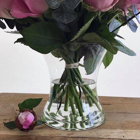Small Hand-Tied Posy Vase Close Up