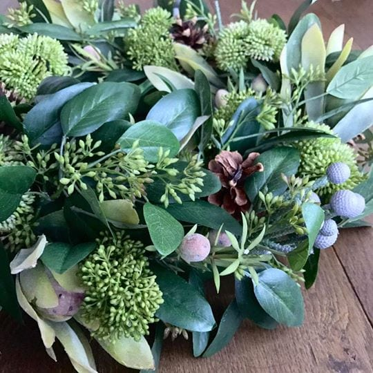 Woodland Foliage Wreath-Candle-Ring with Berries & Pine Cones - close up