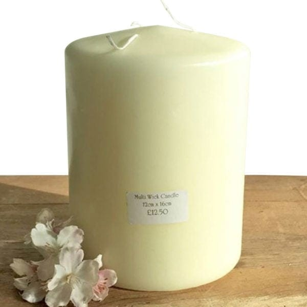 3 Wick Candle - Ivory - 16cm x 12cm White