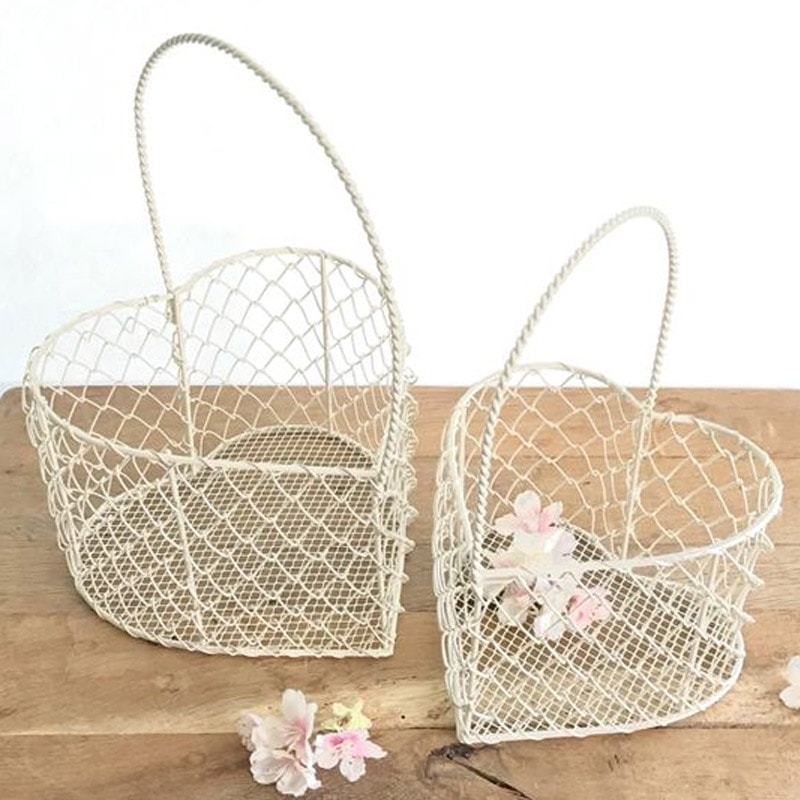 Cream Wire Heart Basket - Large