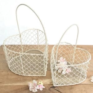Cream Wire Heart Basket Medium