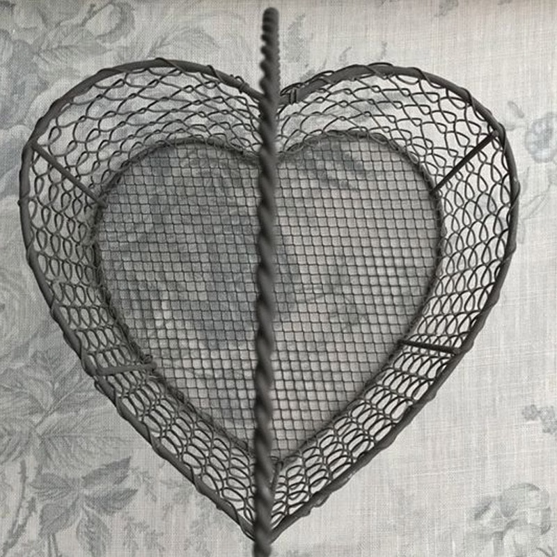 Wire Heart Basket - Large